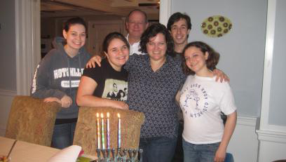 Celebrating Shabbat with Hillel
